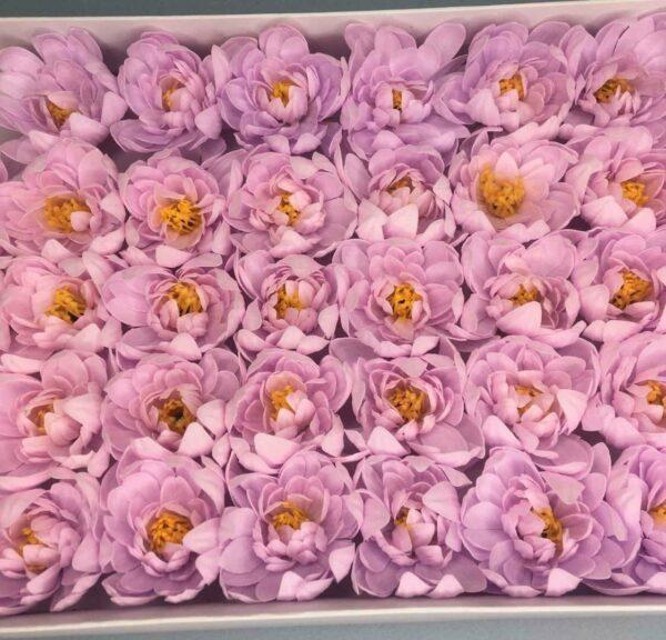 Хризантемы из мыла - 1 200 Цвет: светло-сиреневый