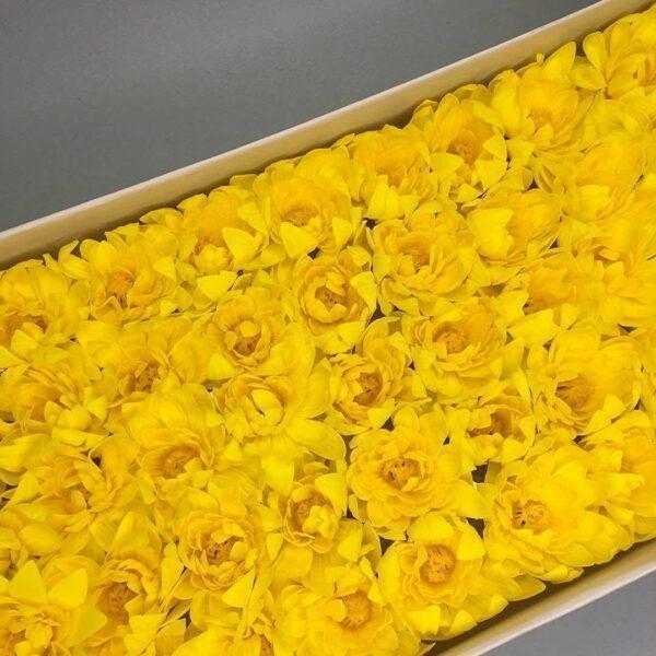 Хризантемы из мыла - 1 200 Цвет: желтый