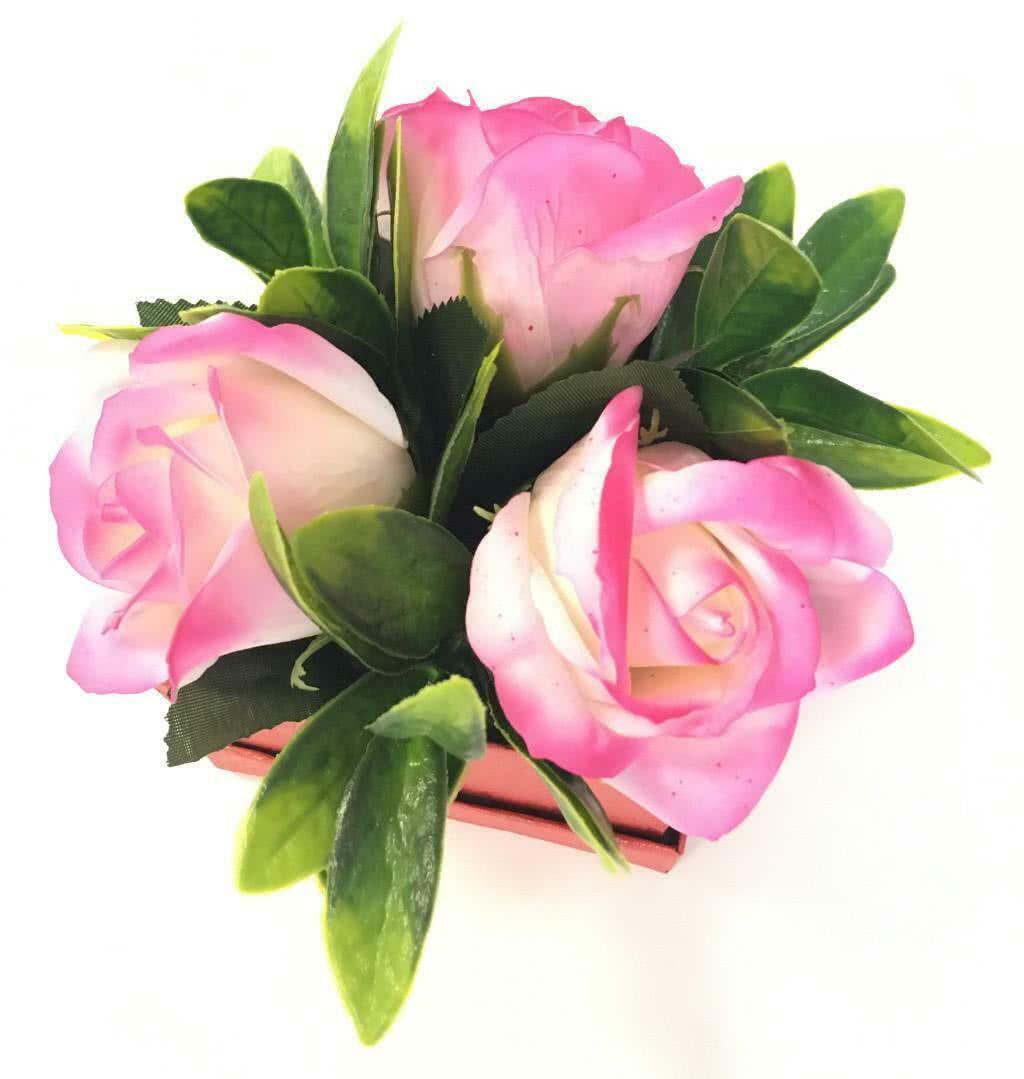Мини композиция из мыльных роз в коробке