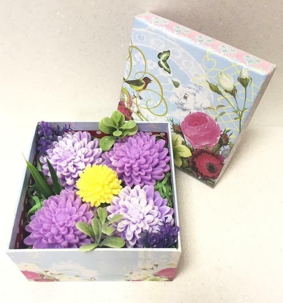 Мыльный набор «Астры» в коробке