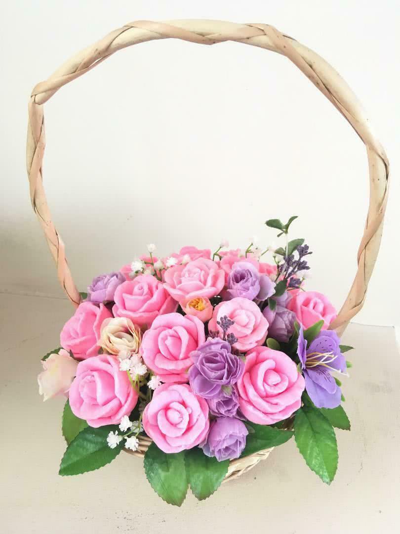 Мыло в корзине «Розовые розы»
