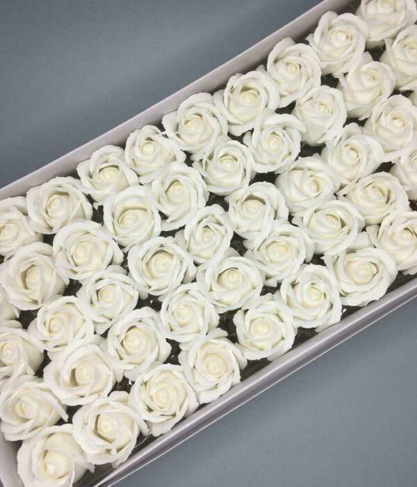 Розы из мыла - 600 Цвет: белый