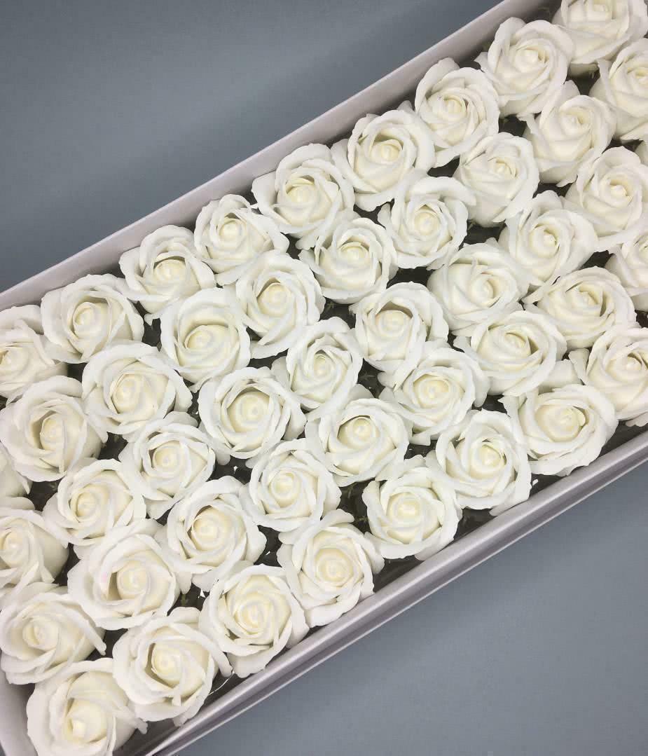 Роза — белая 50 шт