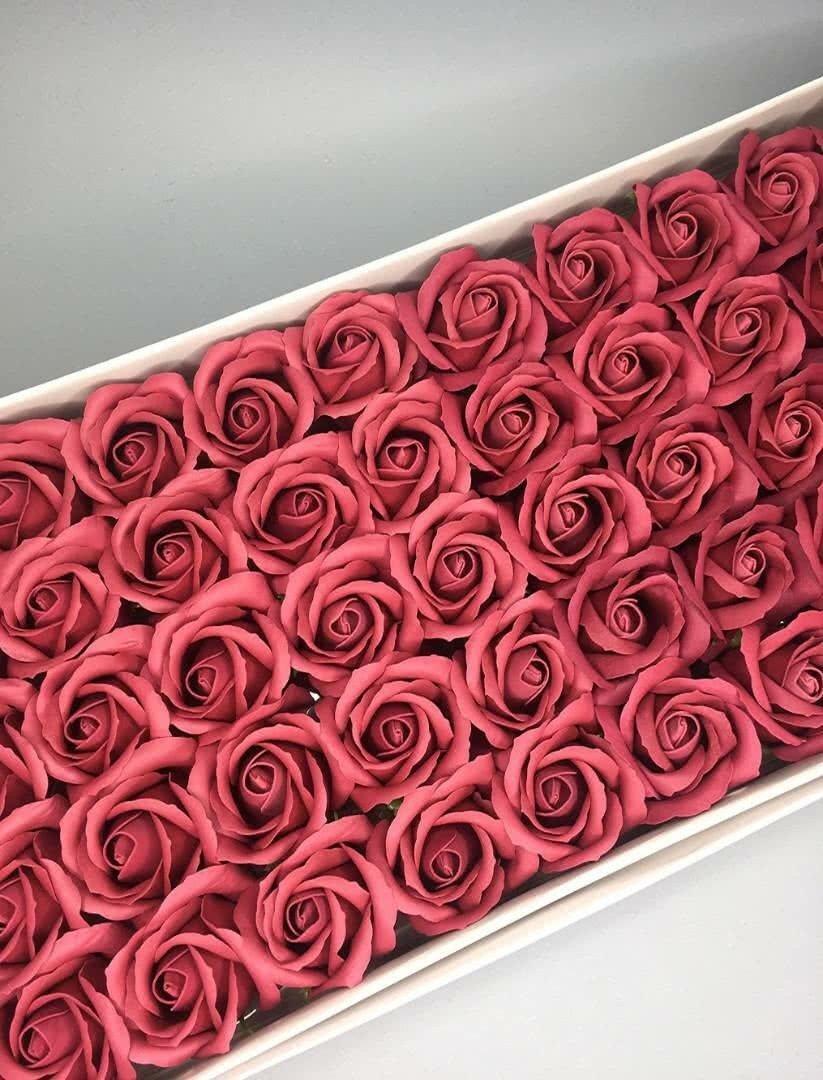 Роза — бургундия 50 шт