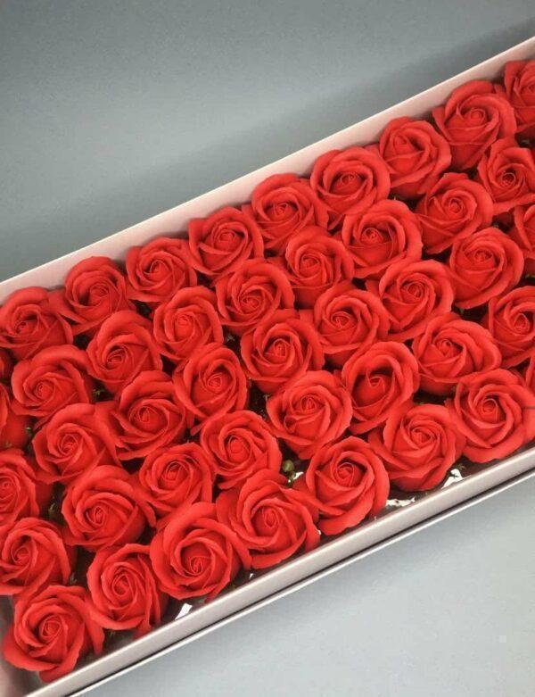 Розы из мыла - 600 Цвет: красный