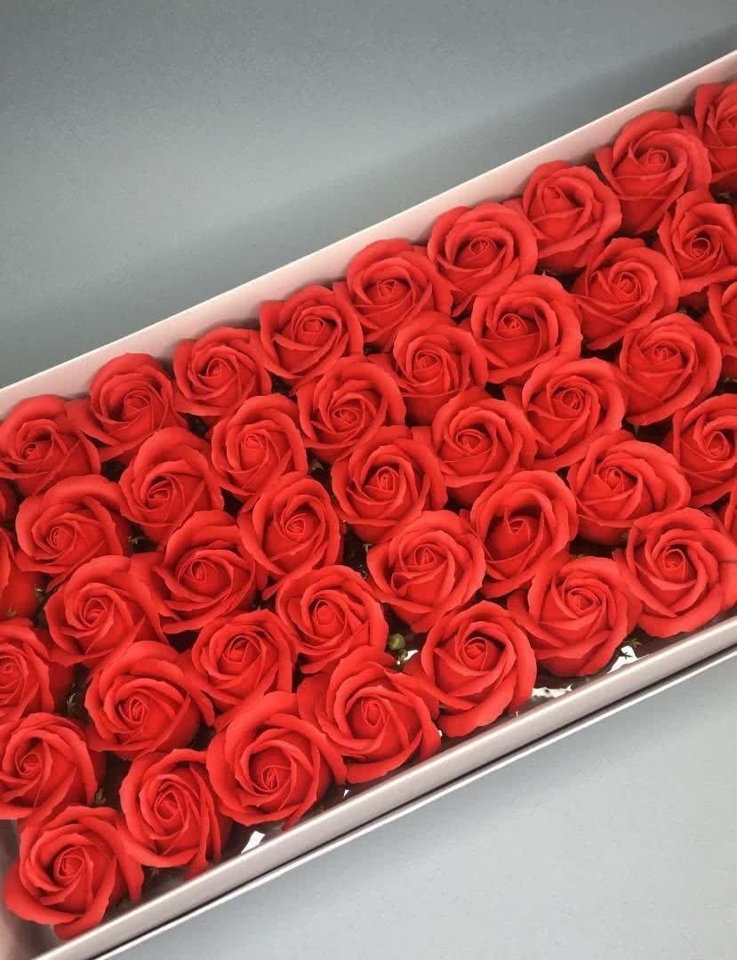 Роза — красная 50 шт