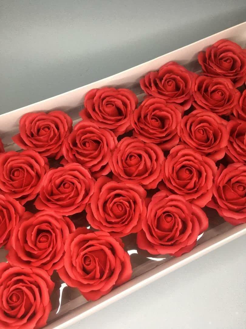 Роза крупная — красная 25 шт