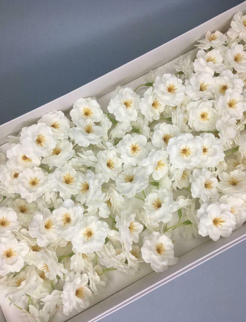 Сакура — белая 50 шт